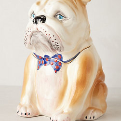 Anthropologie - Pedigreed Cookie Jar, Bulldog - Cookies or dog treats? I can't decide what I want to use this for. Either way, I think it's a must. That face is just too hard to say no to.