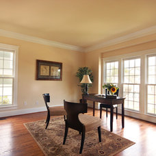 Traditional Home Office by Jamie McNeilis, Accredited Staging Professional