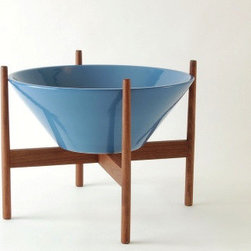 Vessel S3 Ceramic Planter | YLiving - The blue color shown below reminds me of a robin's egg. This planter is simple and sleek. While the height of mid century modern, it's shape and choice of metal or wood stands makes it versatile for any setting.