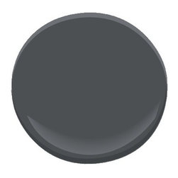 French Beret 1610 Paint - A cross between darkest gray and navy, this smart, saturated shade conveys unerring style. Infinitely fashionable, it transforms a space with timeless elegance.