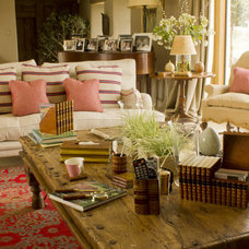 Traditional Living Room by The Original Book Works Ltd.