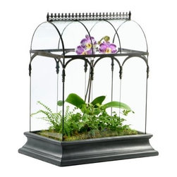 H. Potter Barrel Vault Terrarium - With its curved glass top adding to the height of the H Potter Barrel Vault Terrarium, you'll have plenty of space to create a beautiful garden scene. Crafted from durable metal and glass with lead-free solder, this terrarium has gorgeous copper detailing on the sides which brings out the beauty of the plans on the inside. The removable roof-top makes watering easy, while the resin tray comes out for planting. No special liner is needed.About H. Potter ProductsOver the past nine years, H. Potter has continually enhanced all aspects of their business to fill the desires of their growing list of satisfied customers. With the entrance of 2006, they were able to offer over 100 impressive designs. Not only are they always striving to bring you products that are new, bold, and unique, but they also work hard to increase the overall quality of the items. They do this by incorporating heavier materials, stainless steel hardware, and dramatically expanding their copper container business. H. Potter artisans design many 100% hand-made pieces to fit effortlessly into your home or garden setting.