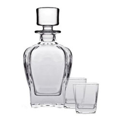 Brilliant - Tandem 3 Piece Whiskey Set - Ever wish you could end the day tossing your favourite scotch or whiskey from a decanter into a tumbler like a soap opera star? Make those dreams come true with this set from Brilliant. Thanks to these elegant-looking mouth blown glasses, you'll feel camera ready every time you pour.