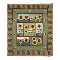 Patch Quilts - Sun Burst Quilt King 105 x 95 Inch - Intricately appliqued and beautifully hand quilted  - Bedding ensemble from Patch Magic  the name for the finest quality quilts and accessories  - Machine washable  - Line or Flat dry only Patch Quilts - QKSUBR