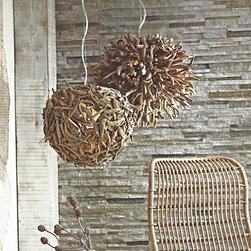 Driftwood Chandelier - Driftwood is one of my favorite natural elements. The texture of these pendants is great.