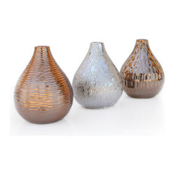 Ceramic Vase - These little vases from Urban Home would look beautiful with or without flowers. I'd get all three because I just love things in threes.