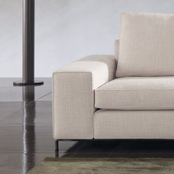 Minotti - Minotti Williams Sofa - Low Arm - A remarkable aesthetic character, elegant proportions, and comfort is the Williams Sofa.  Its simple yet non oversimplified design has an immediate impact.  The sofa has a low, thick arm.  This sofa has a thermosensitive new-generation foam technology that distributes weight properly for extra comfort.  Seat cushion also padded with goose down and polyurethane foam.  Available in various sizes and upholstery in fabric or leather.  Price includes shipping to the USA.  Manufactured by Minotti.