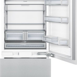"""Thermador 36 inch Built-In Bottom-Freezer T36IB800SP - W: 35 3/4'' H: 83 3/4 """" D: 24"""" Freedom to customize. Freedom to go modular. Freedom to integrate your refrigeration with the design of your kitchen. That's what makes Thermador Freedom Refrigeration the leader in true flush, tall door design. Our refrigeration solutions integrate seamlessly into your kitchen design, with custom fronts and concealed venting grille. Our portfolio of custom panel models - available in 18"""", 24"""", 30"""" and 36"""" widths - offers the most design choices in the industry, allowing you to configure your own unique combination of bottom freezers, fresh food, freezer and wine preservation columns. And nothing beats the convenience of our pre-assembled bottom freezers, ready to install straight from the factory. Equipped with flat stainless steel panels and either Professional or Masterpiece Handles set off by a removable stainless steel frame, these units deliver perfect built-in fit and aesthetics in a 24"""" or 25"""" deep cabinet. True to the Thermador heritage and re-imagined for 2012 with a range of state-of-the-art functionality and features, the Freedom Refrigeration collection gives you full control to design your personal culinary studio."""