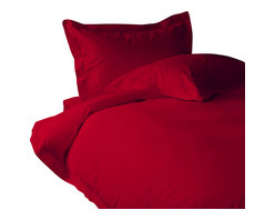 600 TC Duvet Cover Solid Blood Red, King - You are buying 1 Duvet Cover only. A few simple upgrades in the bedroom can create the welcome effect of a new beginning-whether it's January 1st or a Sunday. Such a simple pleasure, really-fresh, clean sheets, fluffy pillows, and cozy comforters. You can feel like a five-star guest in your own home with Sapphire Linens. Fold back the covers, slip into sweet happy dreams, and wake up refreshed. It's a brand-new day.