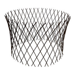 "Master Garden Products - Circular Willow Lattice Fence, Expandable to 36""H x 48""D - Our circular willow flexible fence panel is as useful for low fences and border edging as it is for trellises. It will extend to form a garden circle. Each one of these versatile, lightweight, circular fences stretches from 1 to 4 in height depending on how long it would expand (the fence becomes shorter as its stretched longer). Our willow circular fence will expand to form a circle up to a maximum 60 diameter at 36 high. Can be extended to various widths and heights depending how far you want it to stretch. Use them for protecting flowers, plants, while adding a nice ornamental pattern to your garden. Constructed from diagonally attached willow sticks, willow fences are extremely durable and the natural wood material blends right into your outdoor settings."