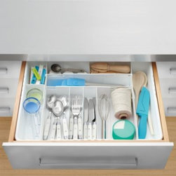 """Real Simple - Real Simple 4-Way Expandable Cutlery Tray - Real Simple 4-Way Expandable Cutlery Tray expands in width from 15"""" to 21.8"""" and in length from 15.3"""" to 19.3"""". Conforms to fit your kitchen drawer while providing storage solutions for all your cutlery and utensils."""