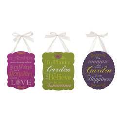 Garden Inspired Plaques - Set of 3 - With inspirational garden themed proverbs, you don't need a green thumb to appreciate these darling wall plaques.