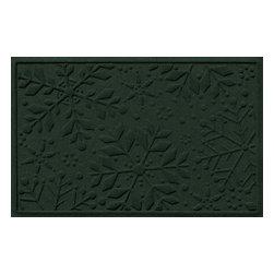Bungalow Flooring - Aqua Shield 2'x3' Holiday Snowflake Doormat, Evergreen - Premium 24-oz. anti-static polypropylene mat traps dirt, water and mud.