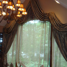 Traditional Window Blinds by J.T. Designs and Decorating