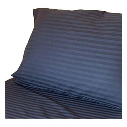 Hothaat - 600TC Stripe Navy Blue California King Fitted Sheet & 2 Pillowcases - Redefine your everyday elegance with these luxuriously super soft Fitted Sheet. This is 100% Egyptian Cotton Superior quality Fitted Sheet that are truly worthy of a classy and elegant look.