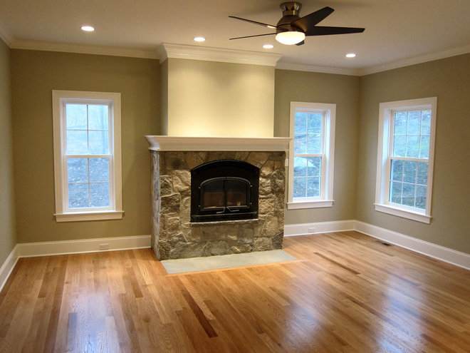 Family Room by Advantage Contracting