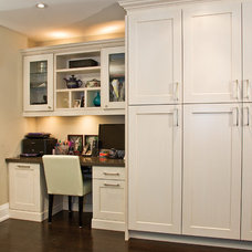 Contemporary Kitchen Cabinetry by AyA Kitchens of Vancouver