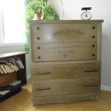 Traditional  by Shabby Chic Niagara &The Spotted Elk