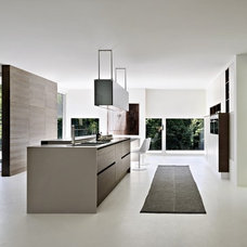 Modern Kitchen Cabinetry by Pedini Kitchens