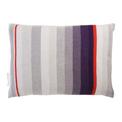 T.E. 035 CUSHION LIGHT PURPLE By Thomas Eyck - The T.E. 035 Cushion in light purple is super soft, and highly decorative for your living room or bed rooms. It is made with Marino wool and cotton.