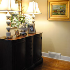 Entry by House Dressing Interiors, LLC