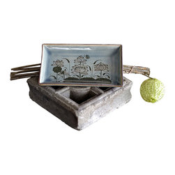 bailanmu - Lotus Flower Medium Vanity Tray - Personal with a piece of history. This medium sized tray is a perfect addition to any room. You can keep your jewelry, keys, memos and just about anything you need to keep you organized.