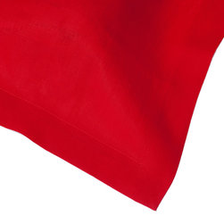 Huddleson Linens - Scarlet Linen Napkin (Set of Four) - Go for a bold and rich look at the table with a gorgeous set of red linen napkins. You'll set a luxurious tone for each meal and when you're done — simply toss them in the washing machine. They actually get softer with each use.