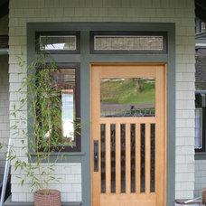 Craftsman Entry by Dane Spencer Landscape Architecture