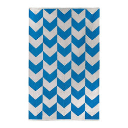 Fab Habitat - Metropolitan Heritage Blue & Bright White (8' x 10') - This delightful rug allows you to celebrate the dynamic union between a pop of color and crisp white. The symbiotic relationship between the two plays out here in the form of an attractive chevron motif, only further confirming this partnership was truly meant to be.
