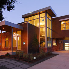 Modern Exterior by Elemental Homes