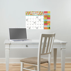 Back to School 2014 - Trendy and chic office decor idea with a dry-erase calendar & message board combo. Would look great in a dorm room or teen decor as well