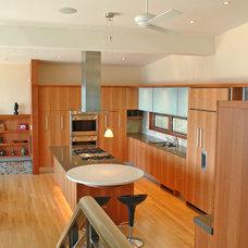 Contemporary Kitchen by anna O design