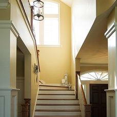 Beach Style Staircase by Griggs & Co. Homes Inc.