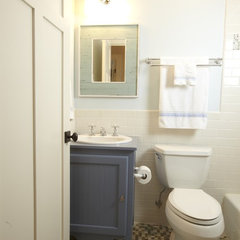 traditional bathroom by Stonebreaker Builders &amp; Remodelers