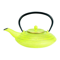 Old Dutch International - Celery and Gold Cast Iron Serendipity Teapot - Here's a little teapot, short and stout. Crafted in the Japanese tradition, this graceful, 27-ounce, cast-iron teapot is design based on antiques that are still in use today. Use it to treat yourself to a Zen moment each day by enjoying a perfectly brewed cup.