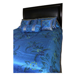 Banarsi Designs - Hand Painted Floral 7-Piece Duvet Cover Set, Ocean Blue, Queen - Our decorative and unique 7-piece hand painted floral duvet cover set from Banarsi Designs includes: 1 duvet cover, 2 square pillow covers, 2 rectangular pillow covers, and 2 bolster pillow covers.