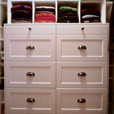 Craftsman Closet by Metric Design Centre