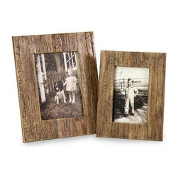Havana 4x6 and 5x7 Frames - Set of 2 - The set of two Havana frames are a natural, attractive set of frames made from pressed water hyacinth.