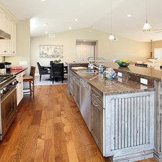 beach style gas ranges and electric ranges by THE KITCHEN LADY, Enriching Homes With Style