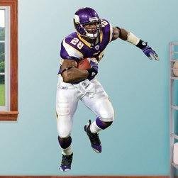 NFL Lifesize Team Player Wall Decal - The Fathead NFL Lifesize Team Player Wall Decal is made from tough, tear and fade-resistant vinyl and features high-resolution 3D graphics. Fathead wall graphics use a low-tack adhesive and can be moved and removed from walls without damaging surfaces.