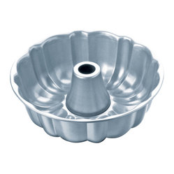 Chicago Metallic Betterbake Nonstick Fluted Tube Pan