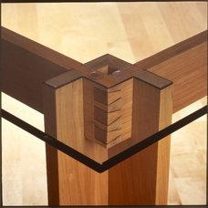 Contemporary Dining Tables by Eidos Designstudio.com