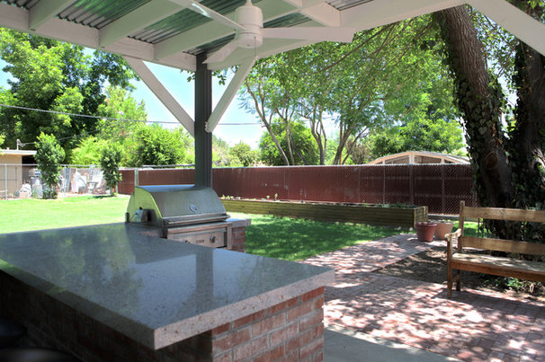 Midcentury Patio by The Ranch Mine