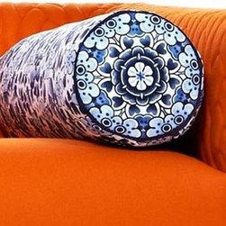 Moooi - Moooi | Boutique Delft Jumper Pillow C - Design by Marcel Wanders.