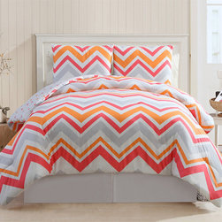 None - Lake Tahoe 3-piece Chevron Cotton Comforter Set - Bring fun,chic color to your bedroom decor with this Lake Tahoe comforter set,accented with matching shams. Crafted with pure cotton,this machine washable bedding features a vibrant pink and orange zig-zag chevron pattern.