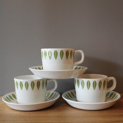 Catherine Holm-ish Teacup Set - Delicate spring-green leaves shoot up the rims of these lovely teacups. These are a great way to start your morning.