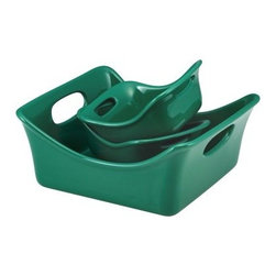 Rachael Ray Stoneware 3-Piece Square Baker and Au Gratin Bubble & Brown Set - Da - Bold, contemporary, and fun, the Rachael Ray Stoneware 3-Piece Square Baker and Au Gratin Bubble & Brown Set - Dark Green are multi-functional and give you plenty of freedom in the kitchen. Use the square baker for lasagna, baked chicken and more while the 12-ounce individual au gratins are perfect for personal servings of your favorite sides. You'll love the bold coloring and modern design that allows these dishes to easily go from your oven to your table. Crafted from strong and durable stoneware, these bakers features a glazed interior that doesn't react to food. Shallow sides help to create those deliciously bubbly, crunchy tops that everyone loves while the wide handles makes it easy to transport these bakers. Microwave, freezer, and dishwasher safe for your convenience, they are also oven safe up to 500 degrees fahrenheit. About Rachael RayThis collection of fun, functional, colorful cookware is inspired and endorsed by TV personality Rachael Ray. Express yourself through your cookware with these truly unique pieces made with high-quality materials like cast iron and bright enamel exteriors. These hard-working pieces are perfect for all types of cooks, from casual home users to commercial chefs, and you'll love the way they look in your kitchen.