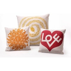 Modern Pillows by YLiving.com