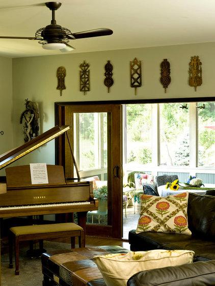 Traditional Living Room by Cynthia Lynn Photography