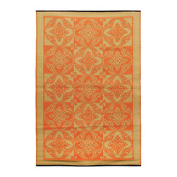 KOKO - Primerose Floormat - 4' x 6' - Saffron. - You can use this chic propylene floor mat inside or out. It rinses clean with a hose, and is reversible for longer life and added visual interest. A charming addition to the porch, patio or playroom.